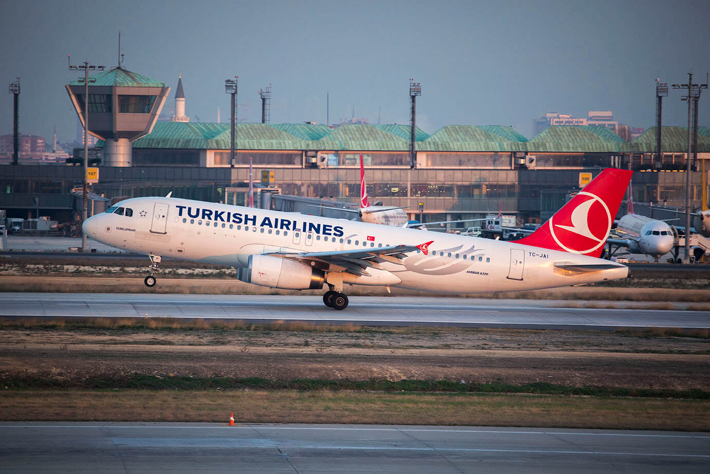 TURKISH AIRLINES FLYING ALL AROUND THE WORLD