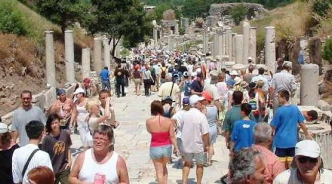 GREAT RECOVERY OF NUMBER OF FOREIGN TOURISTS IN TURKEY