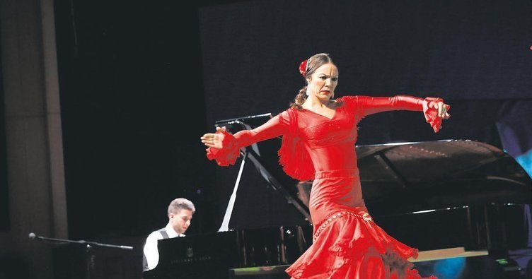ANTALYA SHOWS GREAT INTEREST TO FAMOUS SPANISH PIANIST AND THE FLAMENCO DANCERS 2