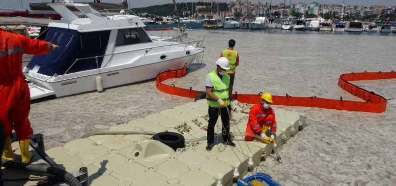 TURKISH PUBLIC INSTUTITIONS ARE ALL MOBILIZED FOR CLEANING THE MUCILAGE IN MARMARA SEA 2